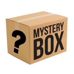 7 Items Reseller Mystery Box!
